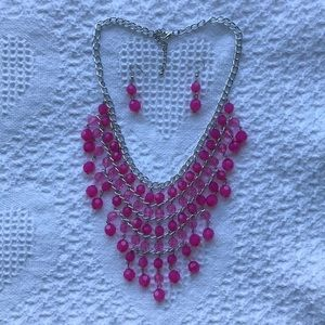 Pink bead tiered necklace & earrings